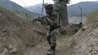 Indian soldier in Kashmir (file picture