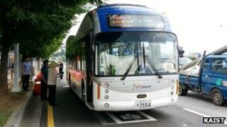 OLEV bus