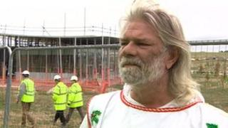 King Arthur Pendragon at the building site of the new Stonehenge tourist centre
