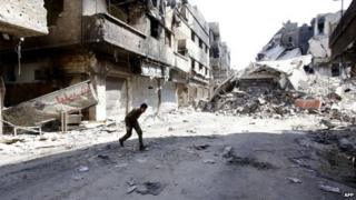 Pro-government fighter in Damascus