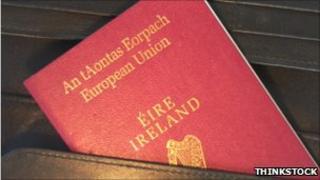 Citizens of Northern Ireland can opt for an Irish passport