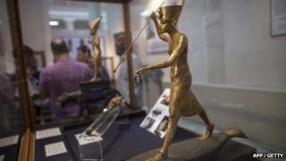 Tutankhamun statue at Egypt museum
