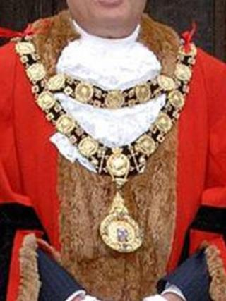 Mayor of Marlborough, chain of office