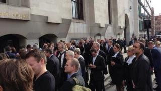 Crowds outside the Old Bailey