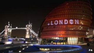 London domain name projected on City Hall
