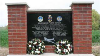B-17 crash memorial, Redlingfield, Suffolk