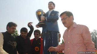 The idol of Sachin Tendulkar at the proposed temple in Bihar