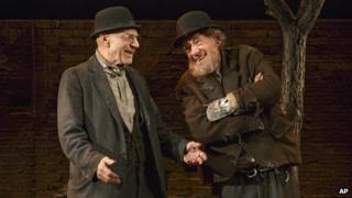 Sir Patrick Stewart and Sir Ian McKellen in Waiting for Godot