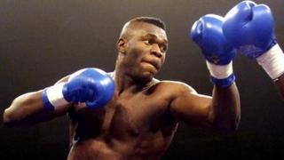 Herbie Hide boxing in 2001