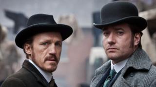 Jerome Flynn (l) and Matthew Mcfadyen in Ripper Street