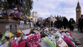 Mandela statue and tributes in UK