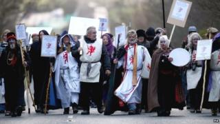 King Arthur Pendragon leads a protest against English Heritage's display of ancient human bones at Stonehenge