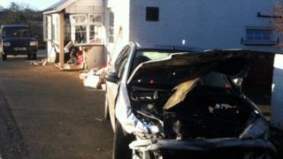 Car crashes into pub
