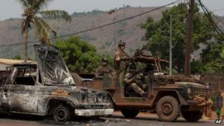 French soldiers in the Gobongo area of Bangui, 26 Dec