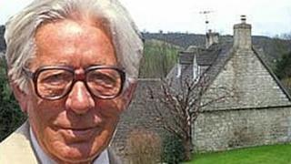 Laurie Lee in Slad montage