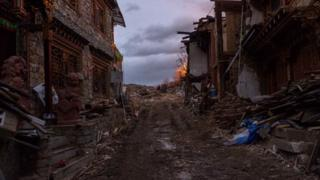 The ancient Tibetan town of Dukezong is known as a popular tourist attraction