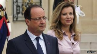 French President Francois Hollande (centre) with Valerie Trierweiler at the Elysee palace, 1 October 2013
