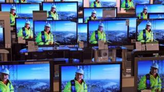 TV screens in store