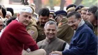 Delhi chief minister Arvind Kejriwal (right) and Somnath Bharti (centre)