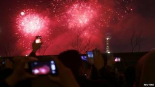 Papers say festive fireworks worsen pollution in Chinese cities
