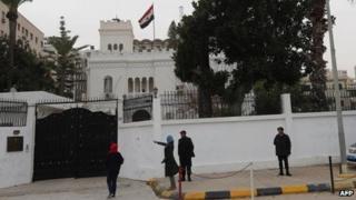 Egyptian embassy, Tripoli (25 Jan)