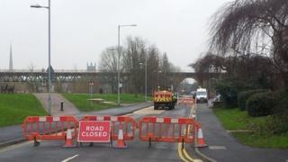 Hylton Road closed