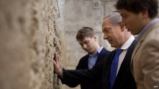 Benjamin Netanyahu with sons Yair (left) and Avner
