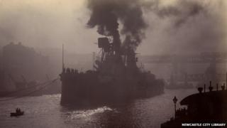 HMS Splendid on the Tyne 1907
