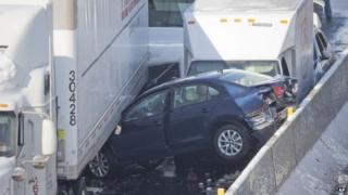Pile-up on Pennsylvania Turnpike outside Philadelphia, on 14 February 2014