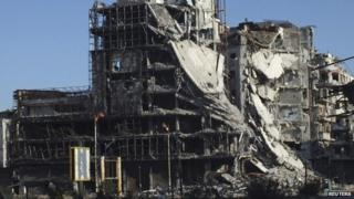 Damaged building in a Homs, 14 February 2014