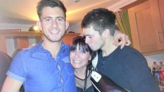 Ryan Harrison (left), mum Sue (centre) and brother Bradley (right)