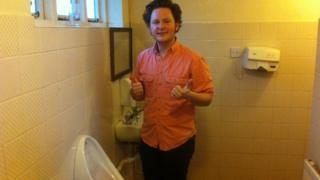 Mick Squalor at the Steamboat toilets
