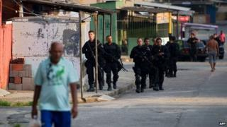 March 13 2014, Police occupy the Vila Kennedy favela