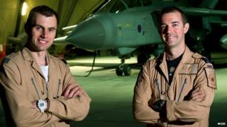 Pilot Flight Lieutenant Geoff Williams and navigator Flight Lieutenant Mark Hodgkiss