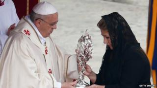 Pope Francis and Floribeth Mora