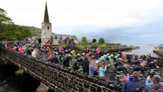 Glenarm Giro d'Italia crowd