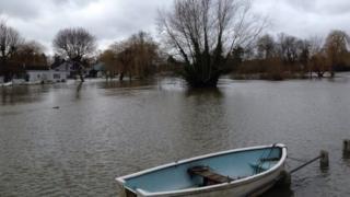 Floods in Shepperton