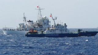 2014年には中国とベトナムの沿岸警備隊の船がにらみあう事態となった(2014年5月)