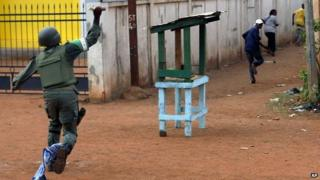 Peacekeepers confront protesters in Bangui. 29 May 2014