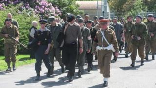 march to the camp