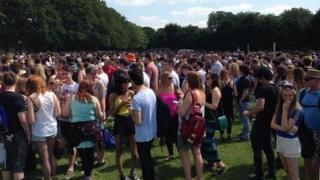 Crowds at Kasabian show