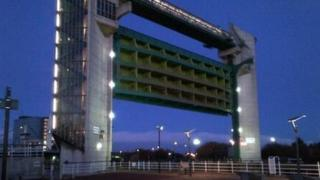 Tidal surge barrier on River Hull
