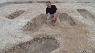 Miles Russell, of Bournemouth University, at the Durotriges Big Dig