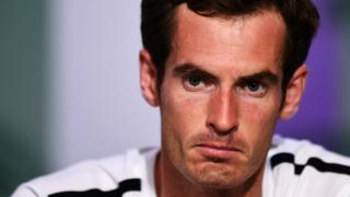 Andy Murray looking defeated