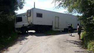 Lorry stuck in Church Lane, Watton-at-Stone