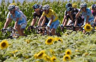 Cyclists in the Tour de France, 18 July 2014