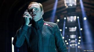 Simon Pegg in Star Trek: Into Darkness