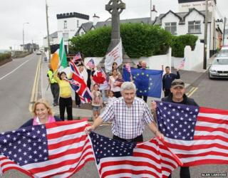 Cllr Norma Moriarty, Kerry GAA legend Mick O'Dwyer and Albert Walsh of Waterville Business Association flag up support for US visitors