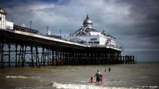 Eastbourne Pier before the fire