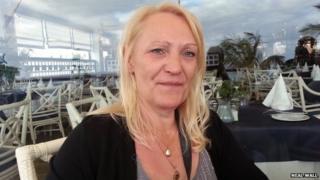 Carole Wall